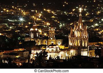 La Parroquia in San Miguel de Allende - The La Parroquia...