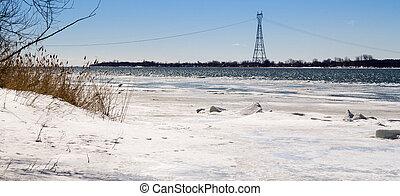 St. Lawrence river landscape in winter Rivi?re St-Laurent en...