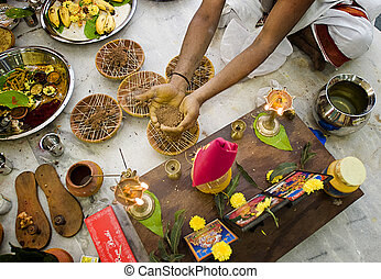 Indian wedding - deta?ls - Preparation to traditional indian...