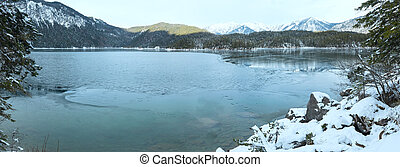 Eibsee lake winter view. - Eibsee lake winter view, Bavaria,...