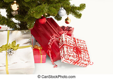 Cut out image of christmas presents - Cut out image of...