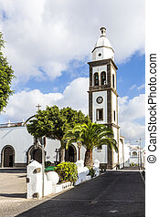 l church of San Gines in Arrecife with its white-washed...