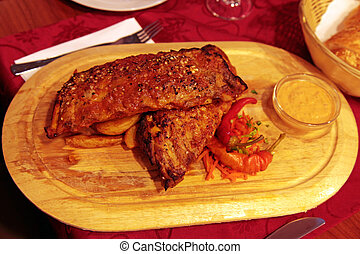 delicious BBQ ribs - delicious BBQ grilled pork ribs with...