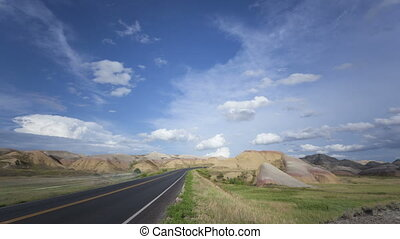 Time lapse Badlands colorful Yellow - Time lapse Badlands...