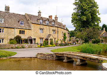 Cotswolds of England - Picturesque village of Lower...