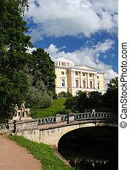 Palace in Pavlovsk park