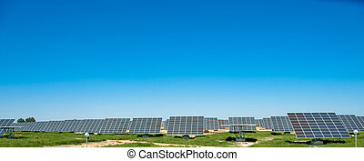Solar farm - Solar panels in a field