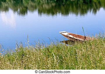Summer - Schöne Aussicht auf den Bootssteg im Sommer