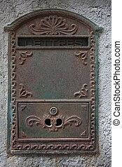 Letterbox in Bonifacio