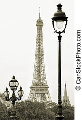 Streetlamp. - Street lanterns on the Alexandre III Bridge...