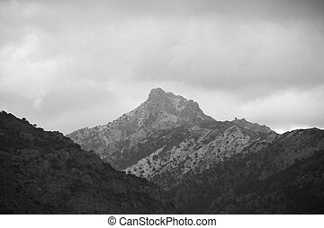 Image of a mountain.