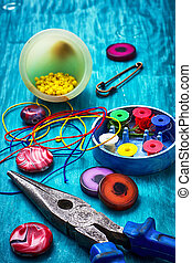 crafts with beads - beads,pliers and other needlework...