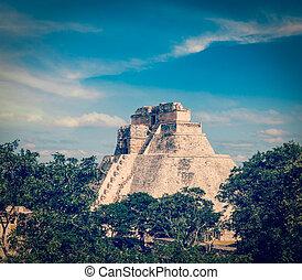 adivino, pirámide, mago, Maya