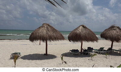 Palapa Perfect Beach Shade - Closeu - A pan of the perfect...