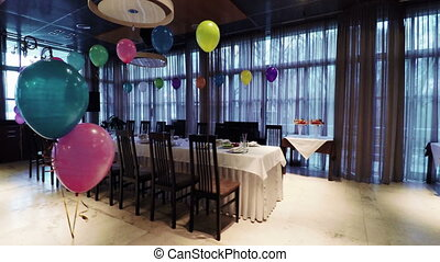 Banquet children's birthday - Decorating banquet hall for...