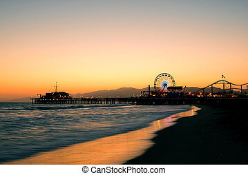 Santa Monica beach - Santa Monica Pier on beach in Los...