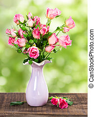Bouquet of pink roses - Bouquet of pink roses in ceramic...