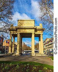 Monument Aux Combattants de la Haute Garonne in Toulouse -...