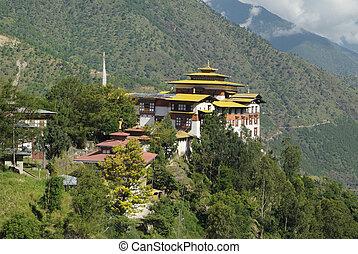 Bhutan, Trashigang - Bhutan, the dzong of Trashigang