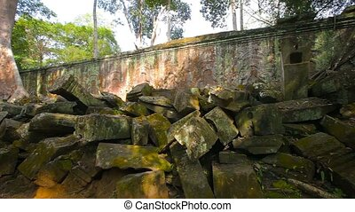 Crumbling Ancient Temple Ruin at Angkor Wat - Video FullHD -...