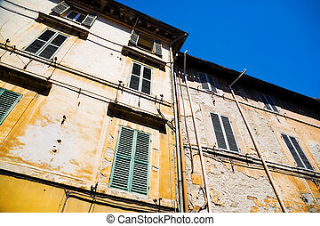 Traditional Italian old houses