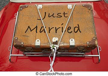 vdaná, právě