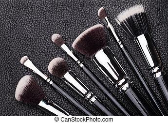 professional makeup brushes - Set of professional makeup...