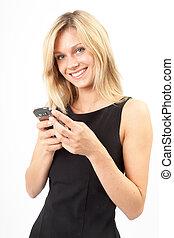 Eva freut sich - Junge Frau schreibt SMS