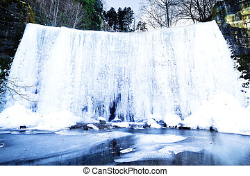 Inverno, paisagem, com, congelado, Cachoeira,