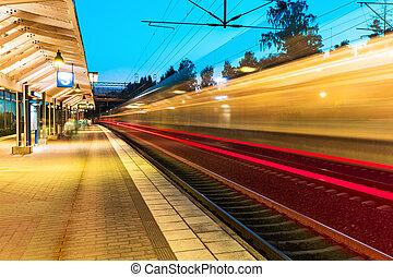 večer, dráha, nádraží,