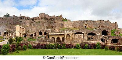 Golkonda fort - Panoramic view of Historic Golkonda fort in...