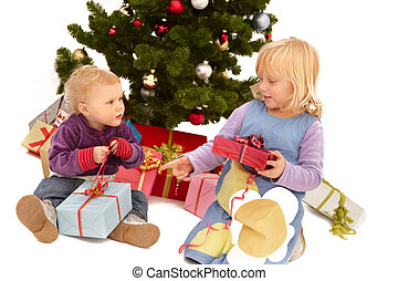 Christmas - Your present is bigger than mine! kids opening...