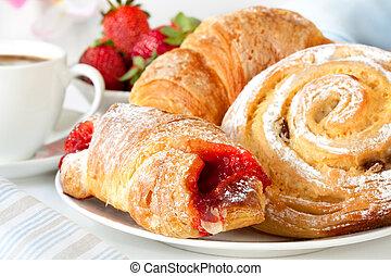 continental, pequeno almoço