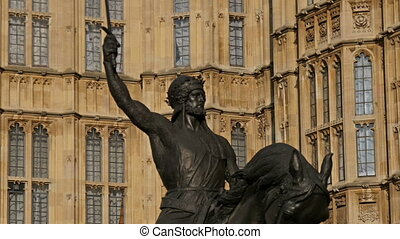 Statue of Richard I infront of Palace of Westminster The man...