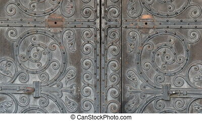 The beautiful big door of the Westminster Abbey church A...