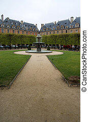 Place des Vosges - Beautiful view of the Place the Vosges in...