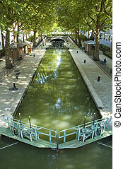 Le Canal de Saint Martin in Paris - Summer view of the ?...