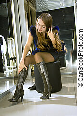 blonde fits on brown modern boots