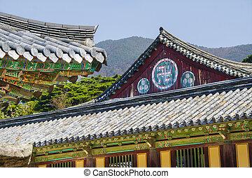 Bulguk-sa buddhist temple, wanzi or manji sign