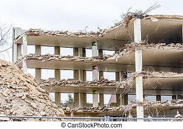 Demolition park in Velbert - Demolition, demolition of a car...