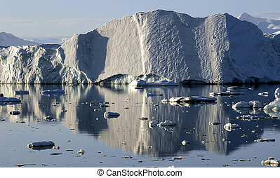Reflecting iceberg