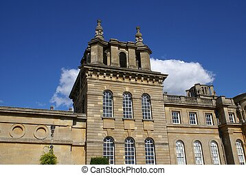 Blenheim Palace, Woodstock, England - A British landmark in...