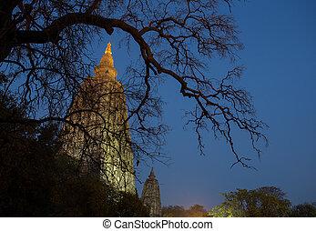 Mahabodhi temple, bodh gaya, India - Night Shot. Mahabodhi...