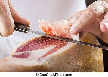 Professional cutting of serrano ham - Professional cutter...