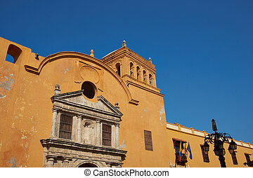 Iglesia De Santo Domingo - Colourful facade of the historic...