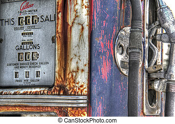 Vintage gas pump with 72 cents per gallon price