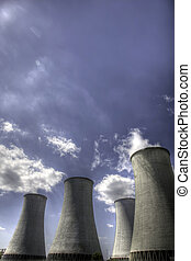 Nuclear power plant - Nuclear cooling towers with steam
