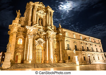 Siracusa Cathedral - Night view of Siracusa Cathedral,...