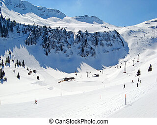 Skiing slope - Slope on the skiing resort Flumserberg...