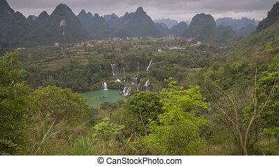 Detian or Ban Gioc waterfall slider timelapse - Detian...